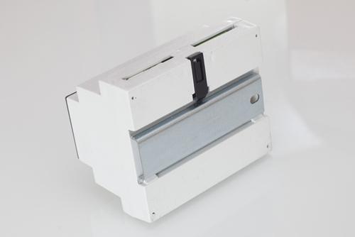 http://soled.nazwa.pl/allegro1/allegro1/schody/inteligentny-schodowy-sterownik-ruchu-z-czujkami-scr-soled-producent-2.jpg