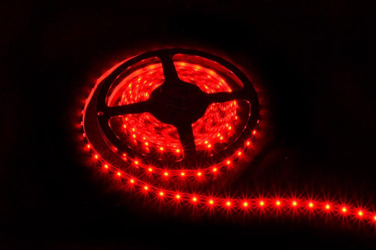 http://soled.nazwa.pl/allegro1/allegro1/tasmy/tasma-LED-czerwony.jpg